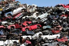 Het autokerkhof van auto's stock afbeeldingen