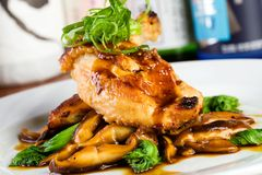 Het Aziatische Diner van de Kip Royalty-vrije Stock Foto