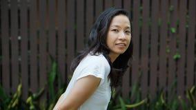 Het Aziatische haar van de vrouwen lange krul met exemplaar ruimteachtergrond royalty-vrije stock foto's
