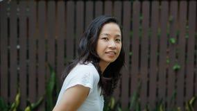 Het Aziatische haar van de vrouwen lange krul met exemplaar ruimteachtergrond royalty-vrije stock foto