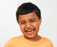 Het Aziatische jongen lachen Stock Fotografie