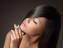 Het Aziatische portret van de het gezichtsclose-up van de vrouwenschoonheid Royalty-vrije Stock Foto's