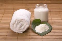 Het bad van de melk. wit kuuroord Royalty-vrije Stock Foto's