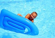 Het Baden in pool. Royalty-vrije Stock Afbeeldingen