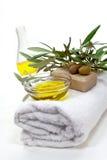 Het badpunten van de olijf die op het wit worden geïsoleerdn. wellness p Royalty-vrije Stock Foto