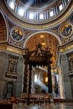 Het baldakijn van heilige Peter stock foto's