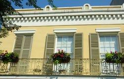 Het balkon van het huis in het Franse Kwart, N.O. Royalty-vrije Stock Fotografie