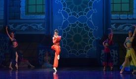 """Het ballet """"One Duizend Één Nights† van de buikdanser Royalty-vrije Stock Foto"""