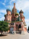 Het Basilicumkathedraal van heilige op het Rode Vierkant in Moskou, Rusland Stock Foto