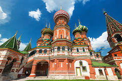Het Basilicumkathedraal van heilige op het Rode Vierkant in Moskou, Rusland Stock Foto's