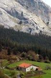 Het Baskische plattelandshuisje van het Land Stock Afbeelding
