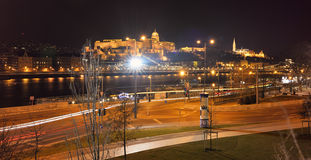 Het Bastion en Buda Castle van de Visser Royalty-vrije Stock Afbeeldingen