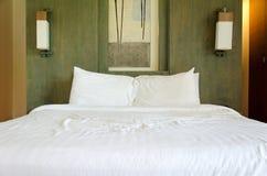 Het bed Royalty-vrije Stock Afbeeldingen