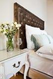 Het bed van het hotel royalty-vrije stock fotografie
