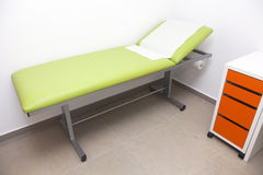 Het bed van het ziekenhuis Stock Fotografie