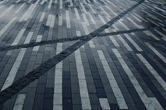 Het bedekken plakken met een gestreept patroon zwarte witte grijze rechthoektextuur stock foto