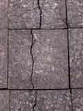 Het bedekken plakken van graniet Onderbrekingen en barsten Textuur en achtergrond van steen stock foto's