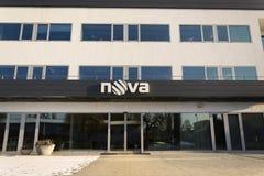 Het bedrijfembleem van CME van de novatelevisie op het hoofdkwartier die op 18 Januari, 2017 in Praag, Tsjechische republiek voor Stock Foto