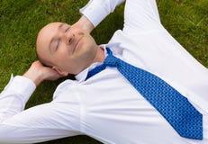 Het bedrijfs mens ontspannen Royalty-vrije Stock Fotografie