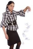Het bedrijfs vrouwen tearing document en laat vallen het Stock Afbeeldingen