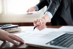 Het bedrijfsanalyse schaven en conce van de oplossings objectieve strategie Royalty-vrije Stock Afbeeldingen