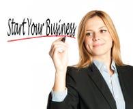 Het bedrijfsvrouw schrijven begin uw zaken Stock Fotografie