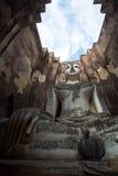 Het Beeld van Boedha bij Wat Srichum In Sukhothai Historical-Park Stock Foto's