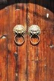 Het beeld van de close-up van oude deuren Stock Foto's