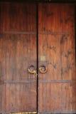 Het beeld van de close-up van oude deuren stock foto