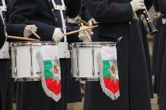 Trommels en uniformen Stock Foto's