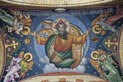 Het beeld van de god op kerkplafond stock foto