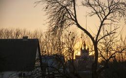 Het beeld van een tempel bij zonsondergang, landelijk landschap Royalty-vrije Stock Foto