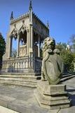 Het beeldhouwwerk en het graf van de leeuw Royalty-vrije Stock Foto's