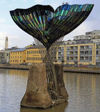 Het beeldhouwwerk` Harmonie ` van de walvissenstaart in Turku, Finland Stock Foto