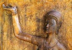 Het beeldhouwwerk van de steen met overzees en vuurtoren Stock Afbeelding