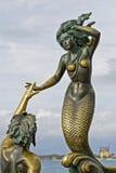 Het beeldhouwwerk van het brons van Triton en Nereida Royalty-vrije Stock Foto