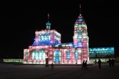 Het beeldhouwwerk van het ijs in Harbin Stock Foto's