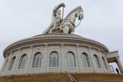 Het beeldhouwwerk van Khan van Genghis op museum stock foto