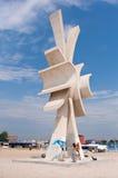 Het beeldhouwwerk van Obelisc in toevlucht Costinesti royalty-vrije stock foto's
