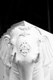 Het beeldhouwwerk van witte olifant Stock Foto