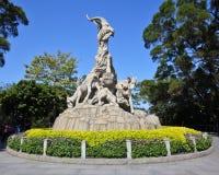 Het Beeldhouwwerk vijf-RAM - symbool van Guangzhou royalty-vrije stock foto