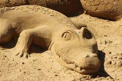 Het beeldhouwwerkalligator van het zand Stock Afbeelding