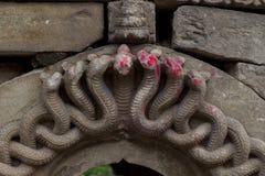 Het Beeldhouwwerkstandbeeld van de godinslang royalty-vrije stock afbeelding