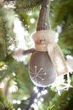 Het beeldje van de sneeuwman Stock Fotografie