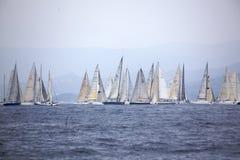 Het begin van de regatta Stock Fotografie
