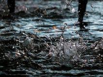 Het behang laat vallen water Royalty-vrije Stock Afbeeldingen