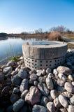 Het Beheer van het regenwater - Geperforeerde Concrete Pijp Royalty-vrije Stock Afbeelding