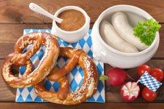 Het Beierse Ontbijt van de Kalfsvleesworst Stock Fotografie