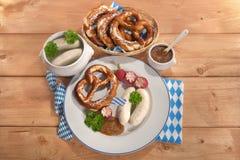 Het Beierse Ontbijt van de Kalfsvleesworst Stock Afbeeldingen