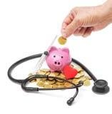 Het bejaarde besparingsgeld voor gezondheidszorg stock foto's